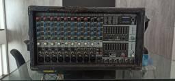 Mesa/Cabeçote de som Mixer Behringer PMP2000 ( mesa e amplificador )