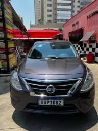 Título do anúncio: Vendo Nissan Versa 1.0