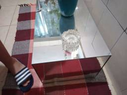 Mesa espelhada