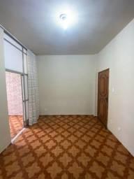 Título do anúncio: Penha Circular - Apartamento com 2 quartos.