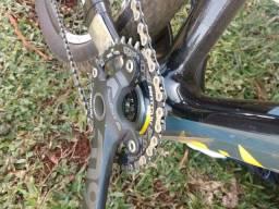 Bicicleta Focus Raven Carbon