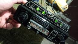 Título do anúncio:  Radio antigo raridade novinho mostro funcionando