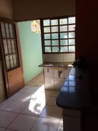 Alugo Casa no Jardim Carioca