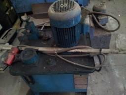 Hidráulicos industriais - 836
