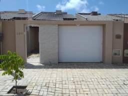 Vendo casa nova com 2 quartos com fino acabamento