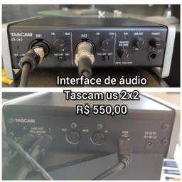Interface de audio tascam 2x2