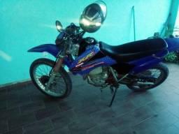Vendo essa moto xr tornado Top - 2005