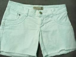 Short branco tamanho 42