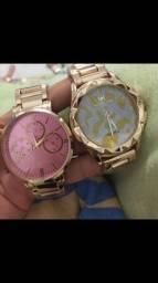 Relógios novos