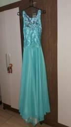 160d18d29430c Vestido Verde Tiffany em renda costurada a mão