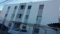Apartamento no Cordeiro, 2 quartos semi mobiliado