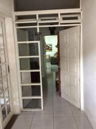 JT - Eita casa Interessante no Centro de Garanhuns, 4 Quartos