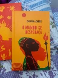 Livro da Tag Curadoria O mundo se despedaça de Chinua Achebe
