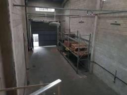 Galpão para alugar, 240 m² - Paquetá - Santos/SP