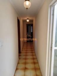 Casa com 3 dormitórios para alugar, 160 m² por R$ 1.800,00/mês - Jardim Bela Vista - Rio C