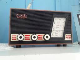 Vendo esse rádio está funcionando perfeitamente tudo