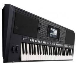 Vendo teclado Yamaha psr s750