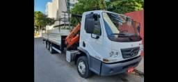 Caminhão mercedes 1316 / 2018 munck