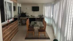 AX. Excelente apartamento, localizado a uma quadra do mar da Praia da Costa!