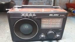 Vendo este rádio da marca SELMAX