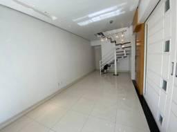 Cobertura triplex 160m2 com 3 quartos em Humaitá