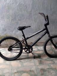 Bicicleta média para crianças