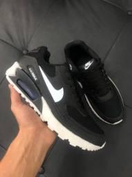 Título do anúncio: Tênis Nike Air Max 90