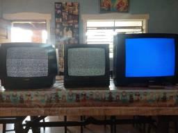 3 Tvs por R$400,00 com conversor digital.