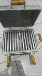 Churrasqueira, grelha e material todo de alumínio