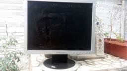 Monitor Sansung para retirada de peças