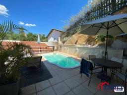 Casa com 3 dormitórios à venda, 231 m² por R$ 1.200.000,00 - Verbo Divino - Barra Mansa/RJ