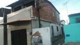 Vende-se 2 casas e um Box em Tombo Abreu e Lima .Fone * Valor 150 mil