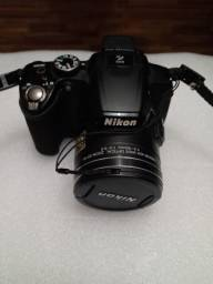 Camera semiprofissional Nikon