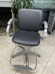 Vendo cadeira Hidráulica Ferrante