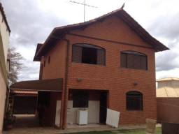Título do anúncio: Casa Colonial tijolinho a vista 04 quartos 02 suite 04 vagas proximo camara municipal