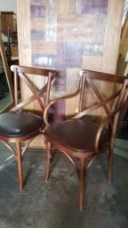 Fábrica de cadeiras e mesas em Porto Alegre