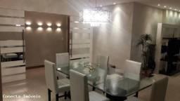 Luxuoso Apartamento de Frente para o Mar Quatro Quartos !!