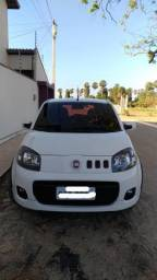 Vendo Fiat Uno Sporting 1.4, completo. Ano: 2013/2014 - 2014