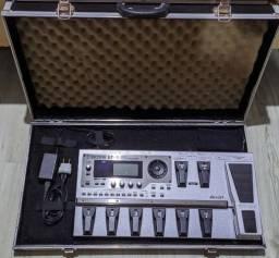 Pedaleira Boss GT-10 - com case!!!