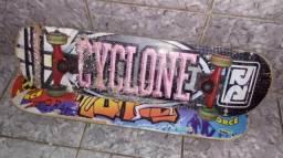 Vendo skate mais chep $ 80,00