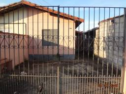 Casa Itatiba - 2 Dormitórios - Jardim Esplanada - Plana
