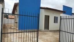 Casa em condomínio fechado no Residencial Turu