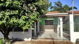Casa para Venda em Cuiabá, Jardim Mossoró, 4 dormitórios, 2 suítes, 2 banheiros, 2 vagas
