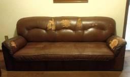 Conjunto de 2 sofás em couro natural, excelente estrutura!