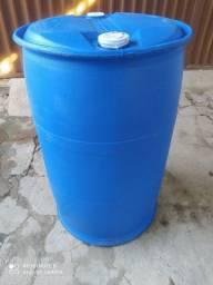 Tambor, bombona azul de 200 litros