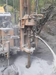 Perfuratriz de poços artesianos. Compressor .