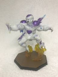 Action Figure Freeza com 15cm Dragon Ball