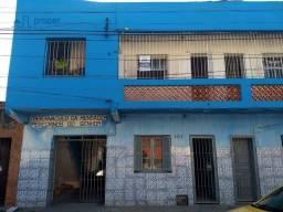 Apartamento com 2 dormitórios para alugar, 54 m² por R$ 650,00/mês - Centro - Pelotas/RS