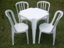 Aluguel de mesa e cadeira