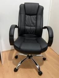 Título do anúncio: Cadeira de Escritório Comfy Direction Preta, Base Giratória e Sistema Relax